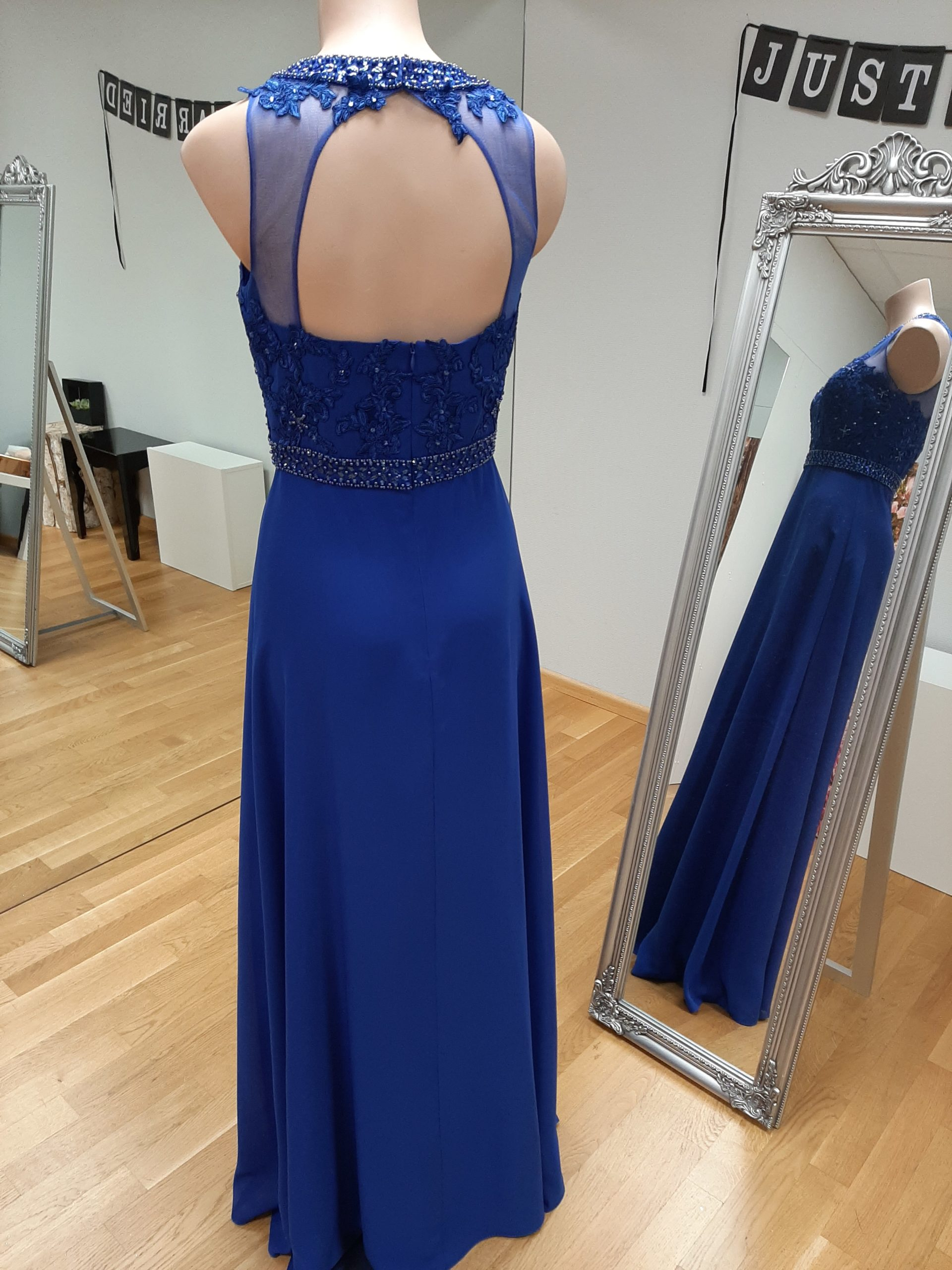 abendkleid in royalblau