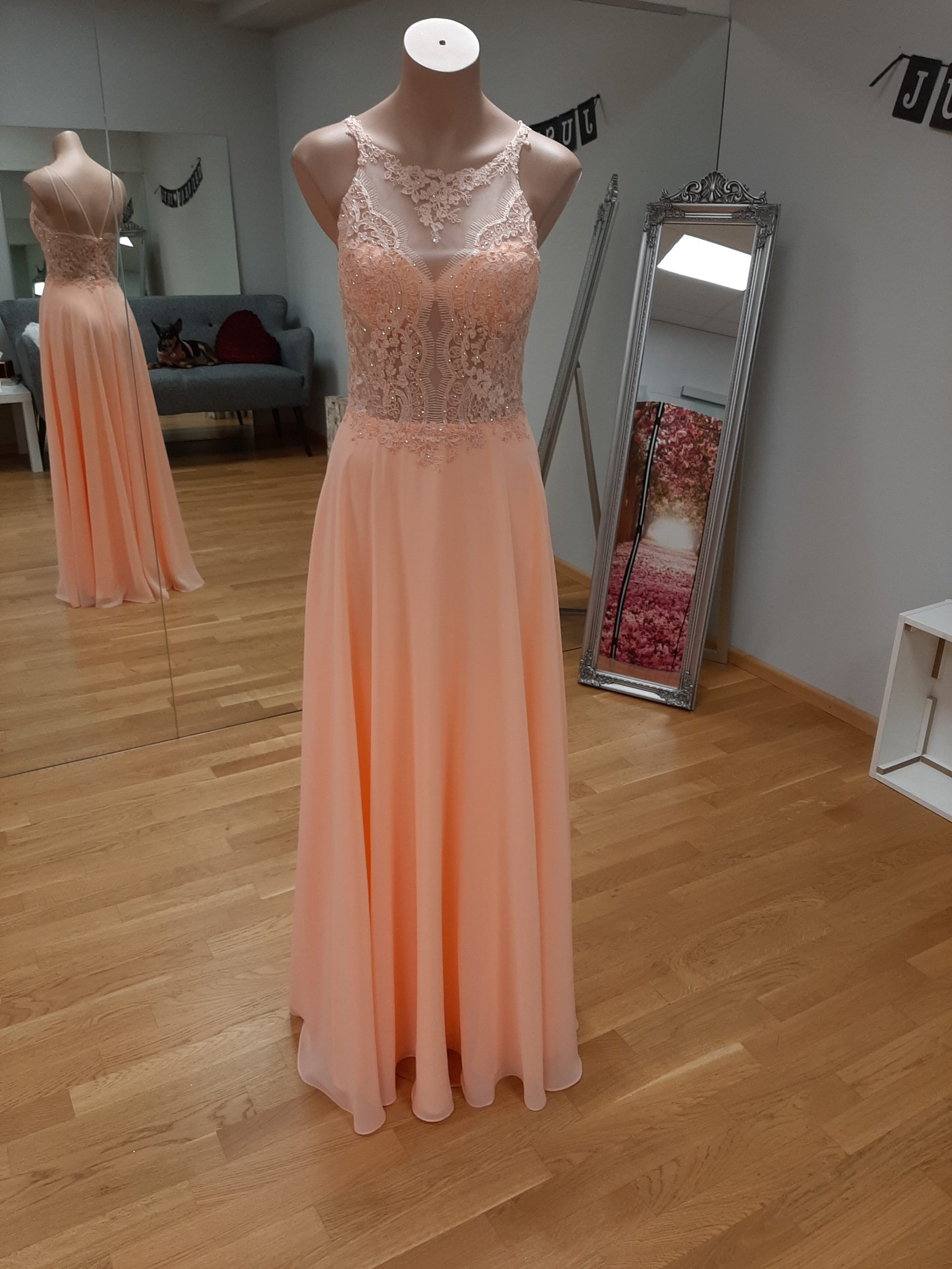 abendkleid in coral